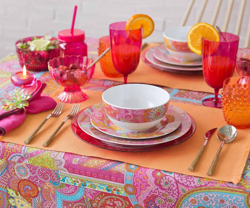 Decorating your table