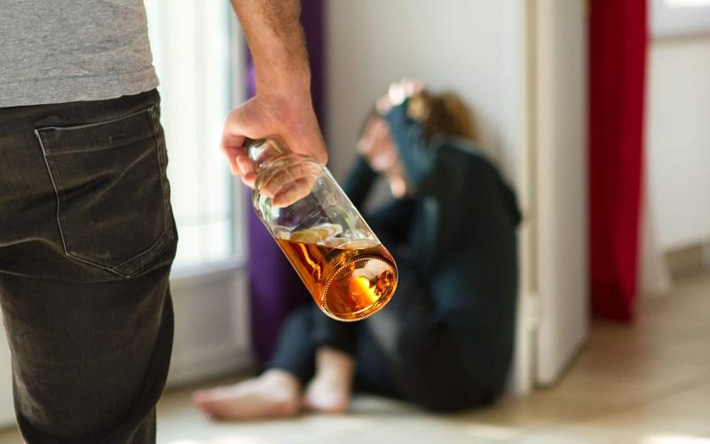 Alcohol-incites-more-violence