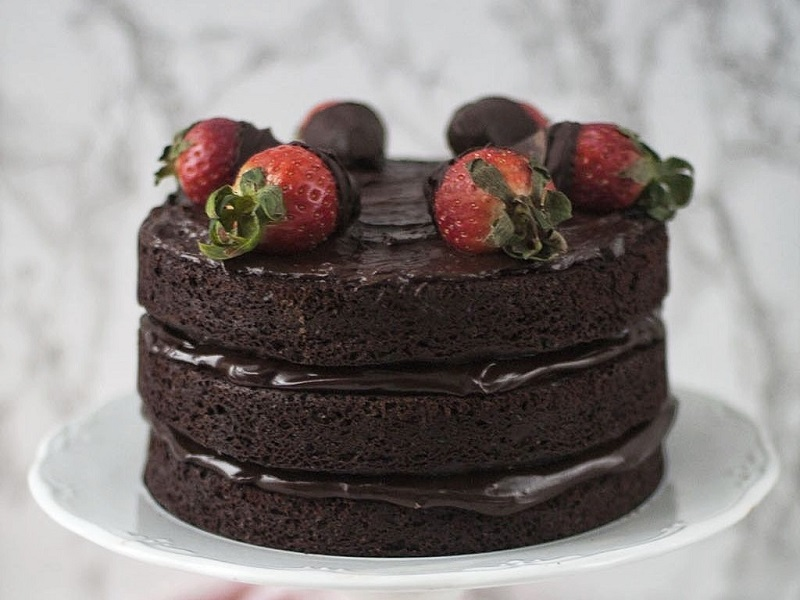 Can You Make A Sponge Cake In Advance