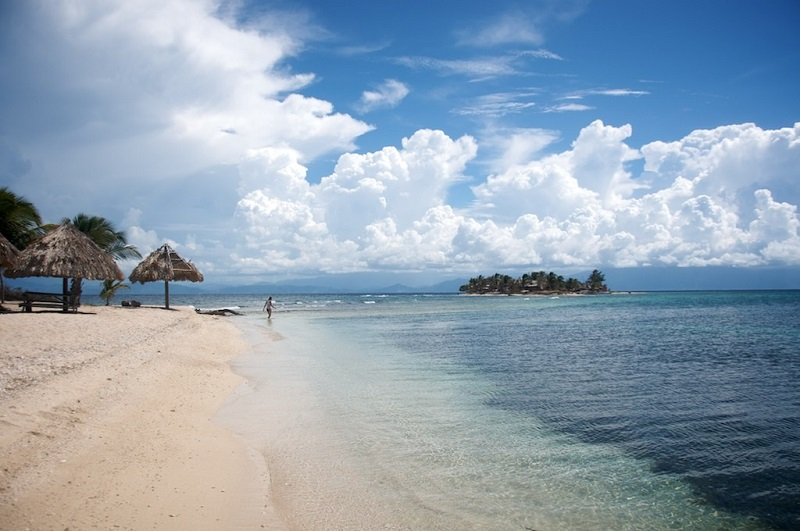 impressive islands in Honduras